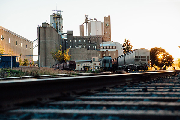Train tracks in front of Rahr Malting
