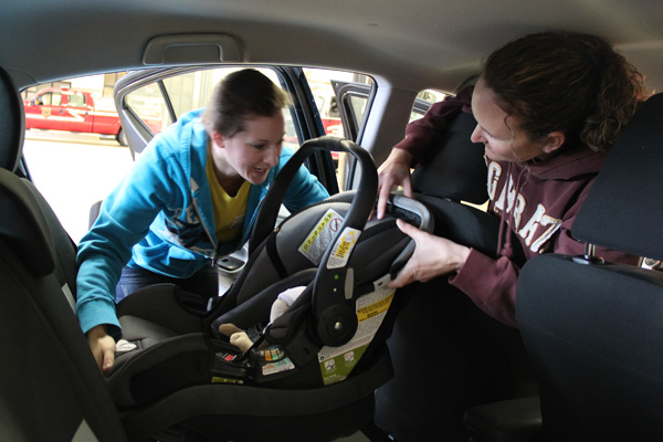 Police Department receives grant for child safety seats