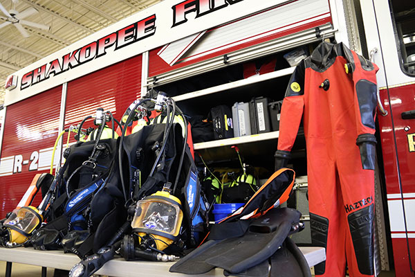 Fire Relief Association receives water rescue equipment donation