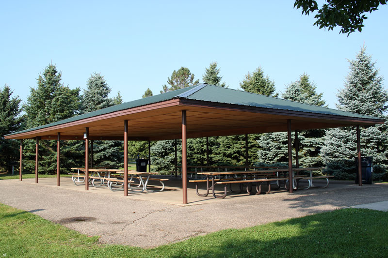 Open-air picnic shelter